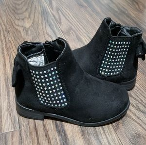 Like New Toddler Girls Booties